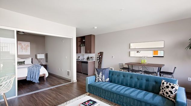 Lounge at Broadstone Clarendon Apartment, Lower Queen Anne, Seattle