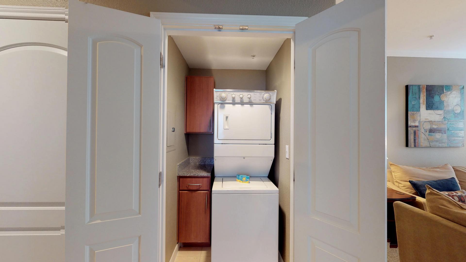 Laundry facilities at San Paloma Corporate Housing