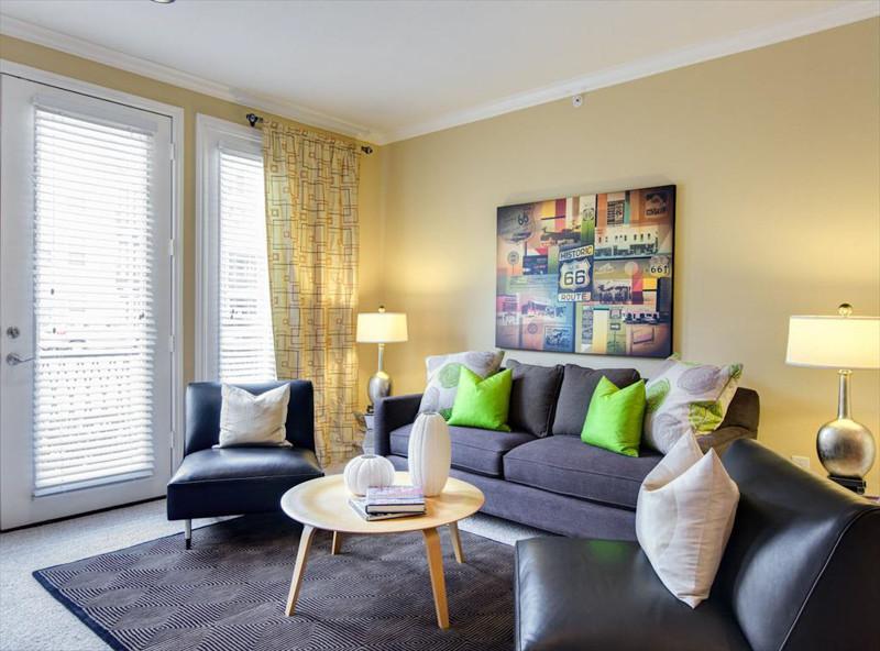 Living room at Amli 2121 Apartments