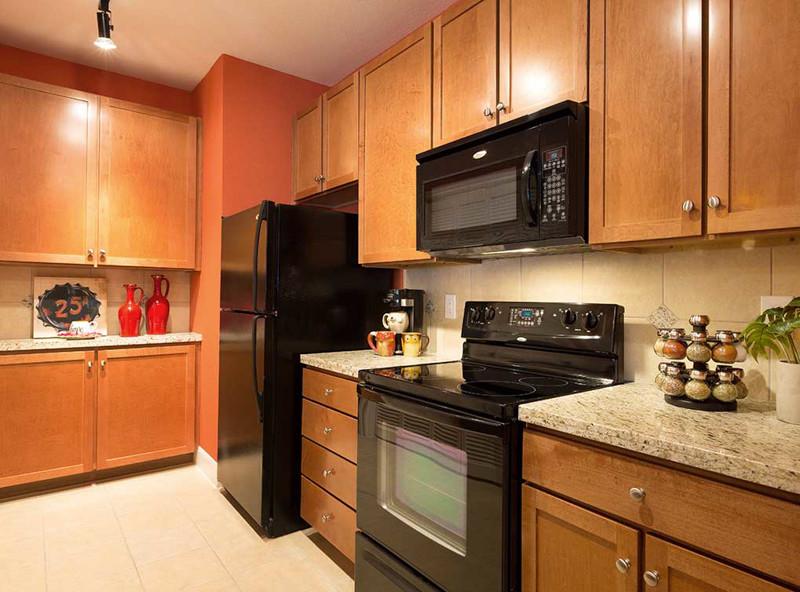 Kitchen at Amli 2121 Apartments