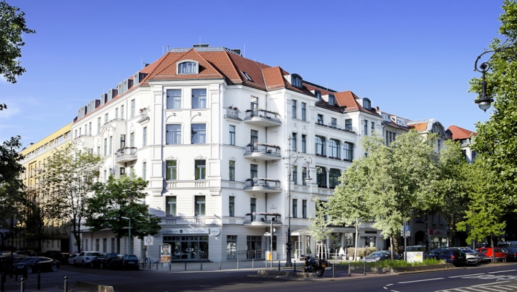 Exterior in Louisas Place Berlin