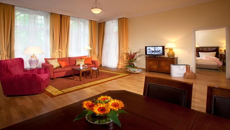 Comfortable living area Louisas Place Berlin