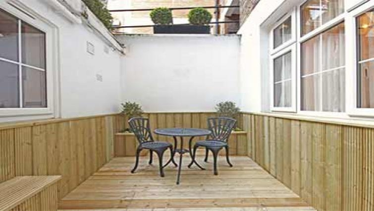 Grand terrace in Hertfords Mayfair Serviced Apartments