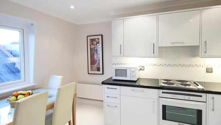 Immaculate kitchen in Hertfords Mayfair Serviced Apartments