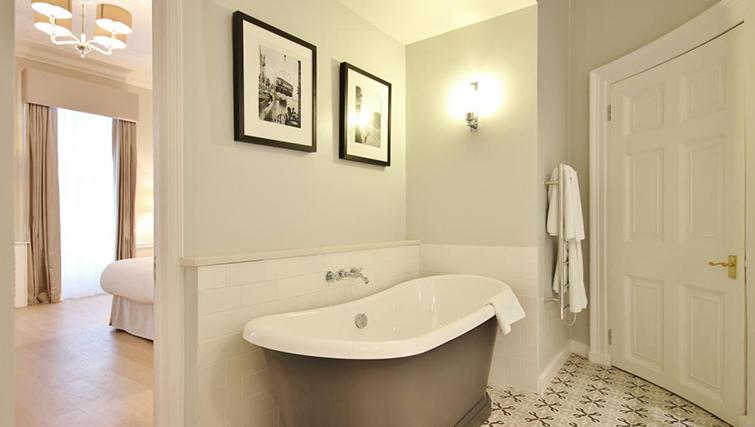 Outstanding bathroom in Hertfords Mayfair Serviced Apartments