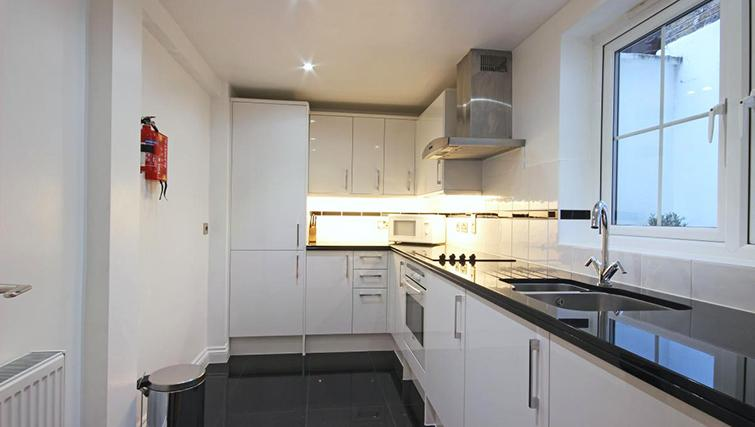 Contemporary kitchen in Hertfords Mayfair Serviced Apartments