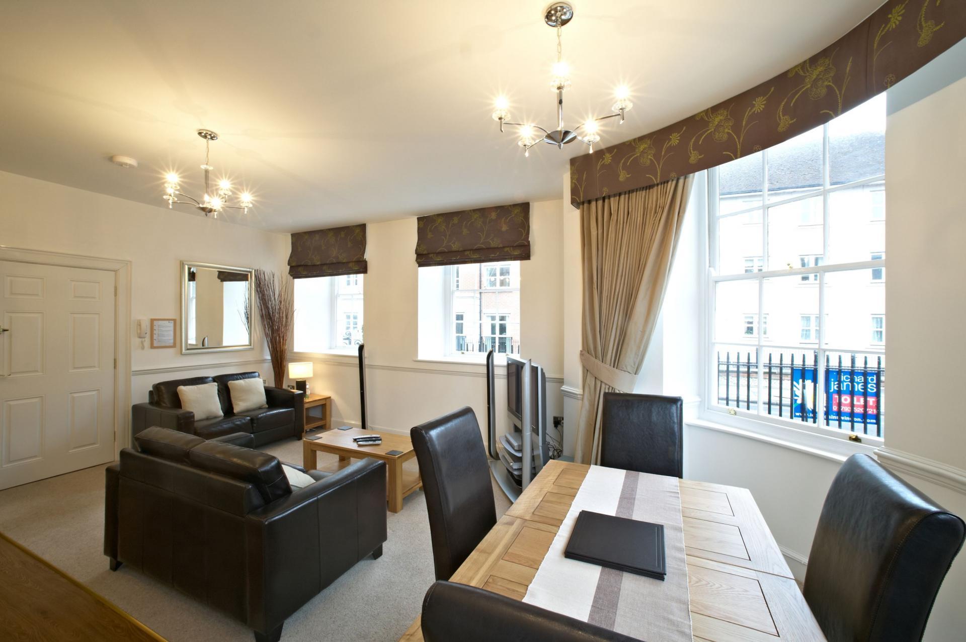 Spacious Living Area at Villetts House Apartment, Centre, Swindon