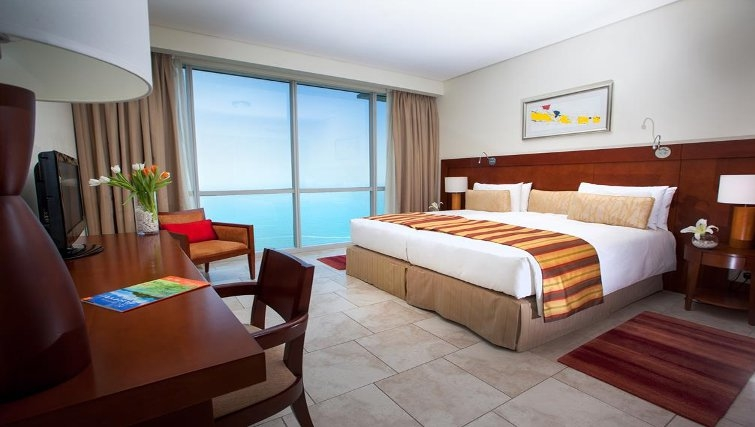 Pleasant bedroom in JA Oasis Beach Tower