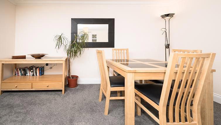 Dining area at Pigg Lane Apartments