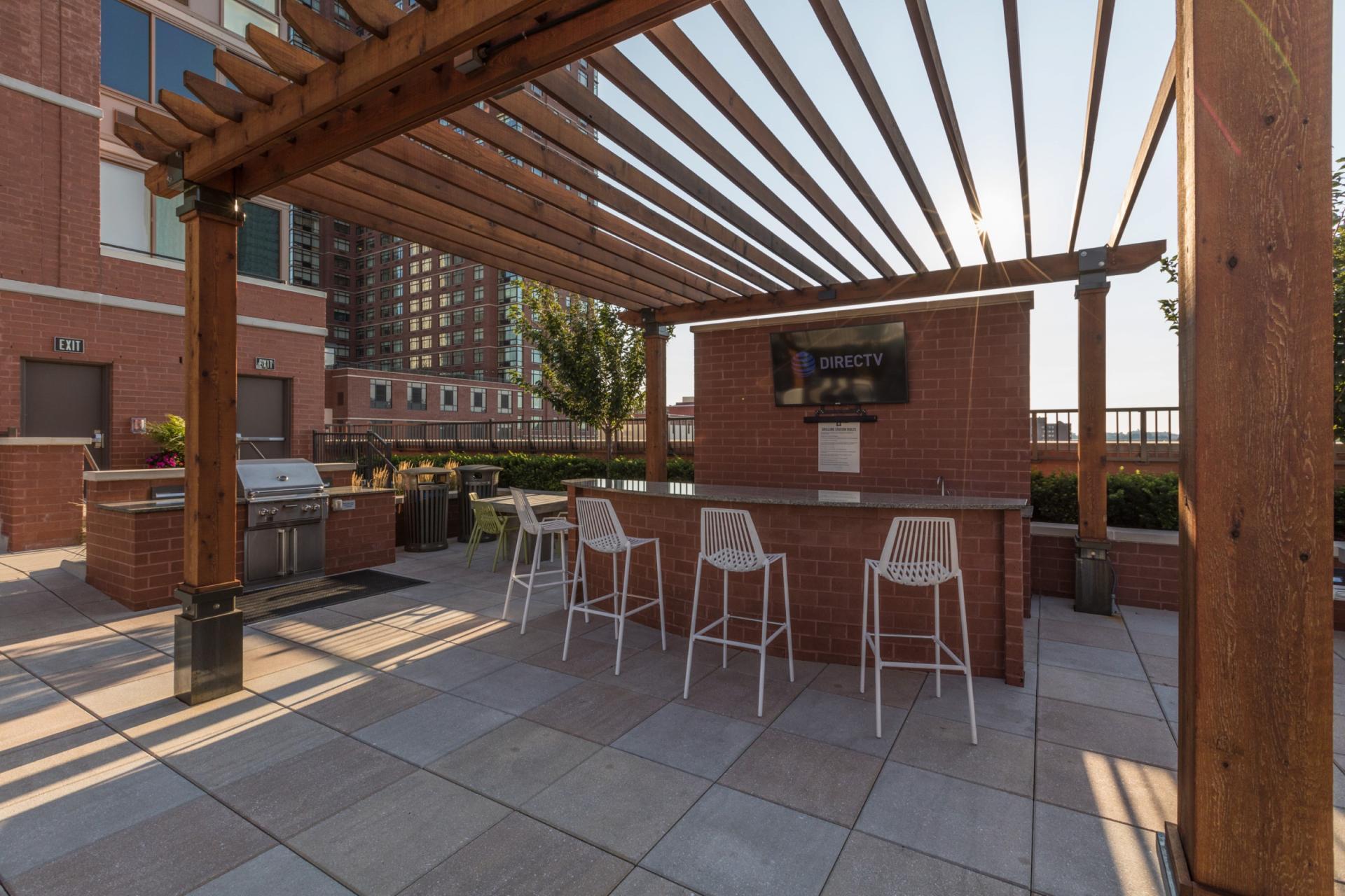 Patio at Marbella Washington Boulevard Apartments, Centre, Jersey City