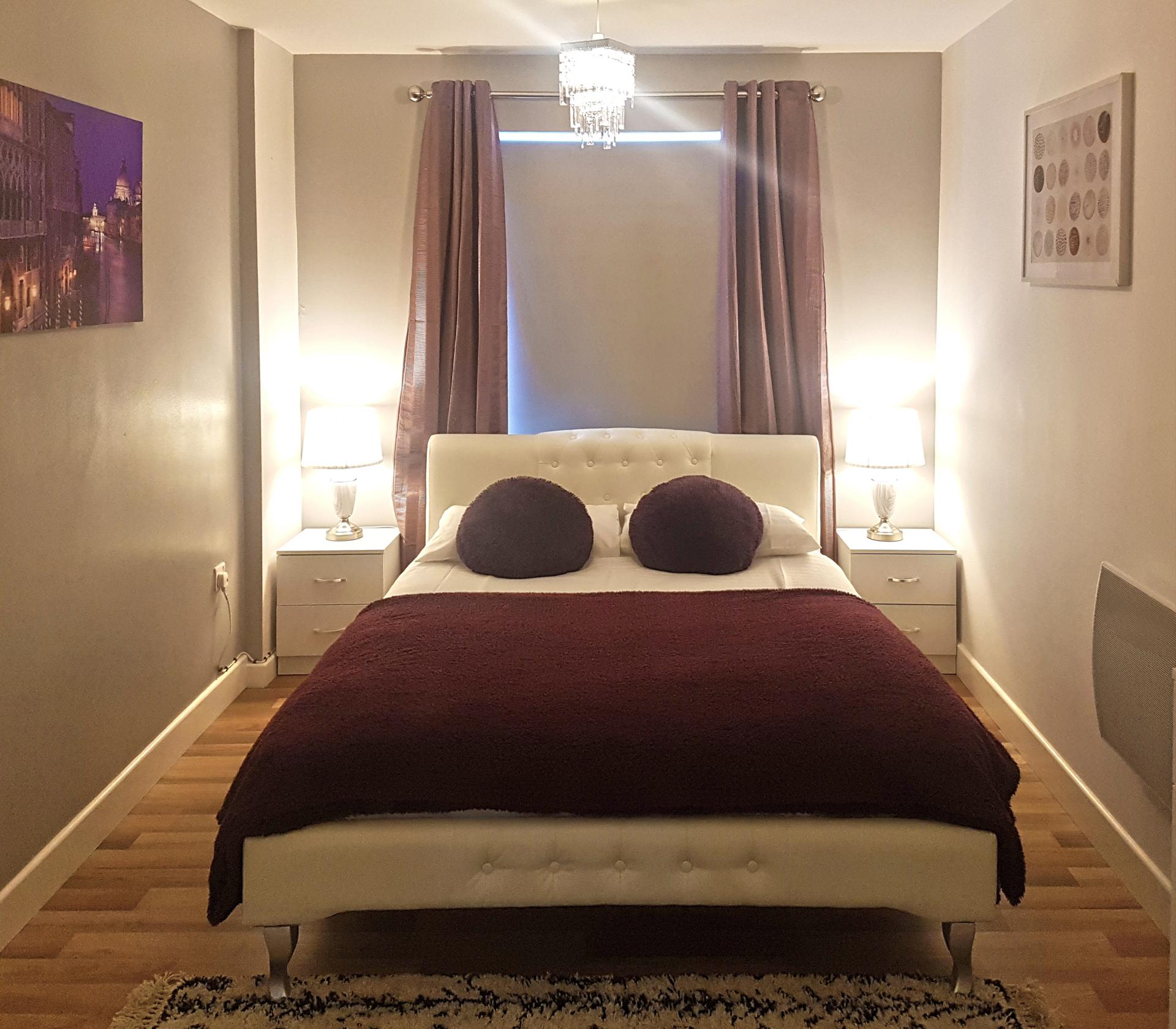 Master Bedroom at Alpha House Apartment, Centre, Northampton