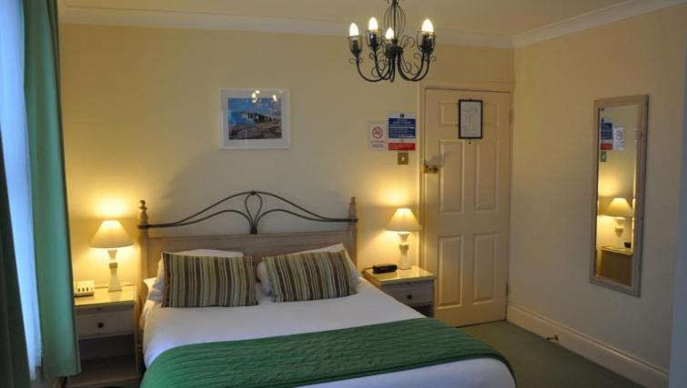 Cosy bedroom in Eastern Esplanade Apartments