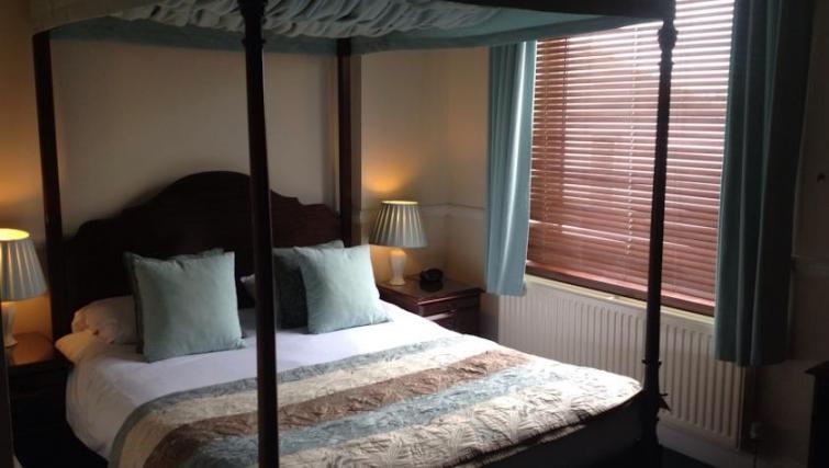 Ideal bedroom in Eastern Esplanade Apartments