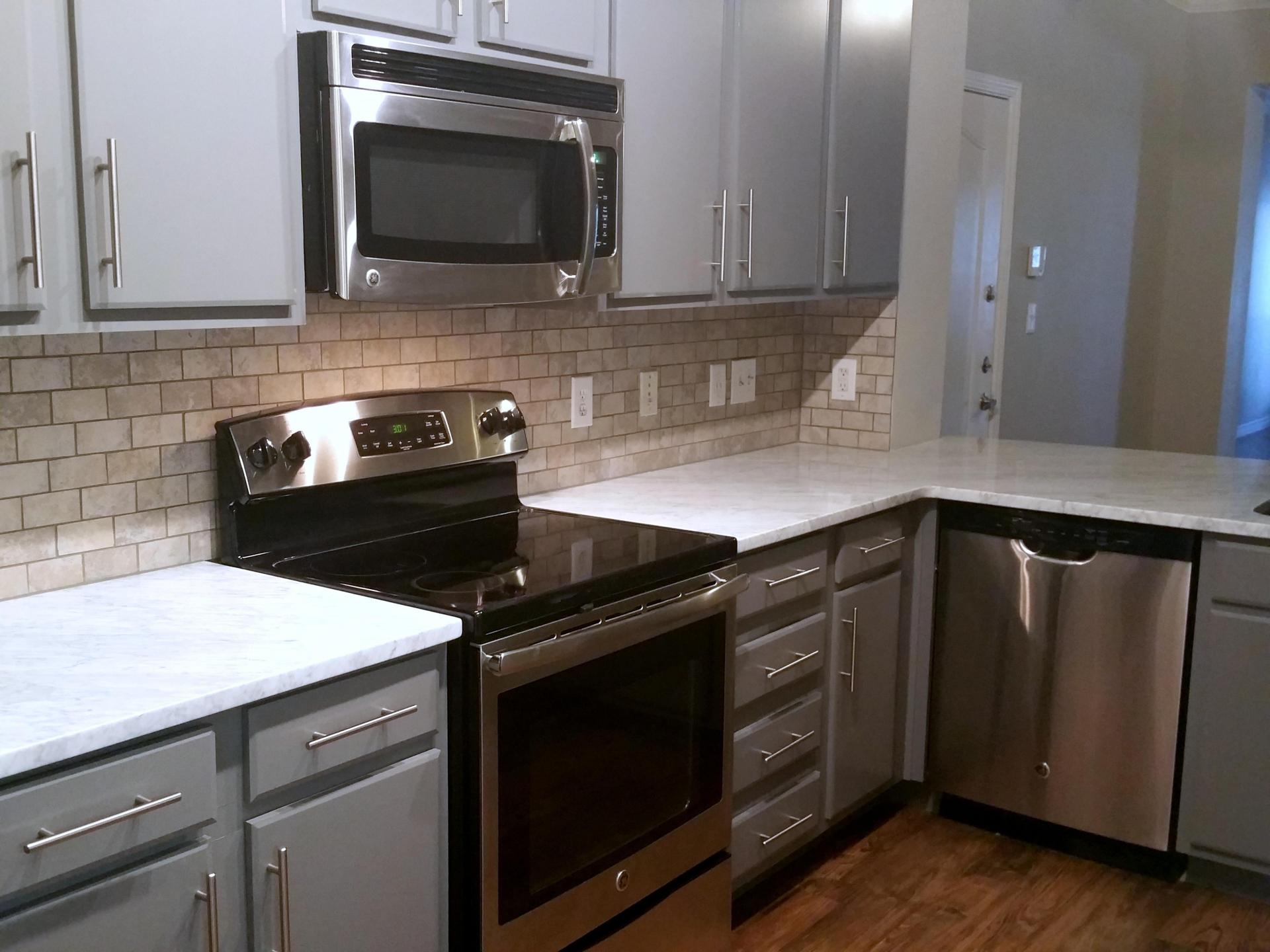 Kitchen at Rock Creek Apartments