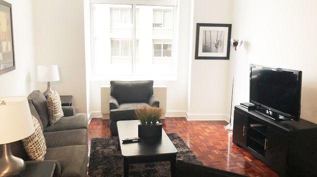 Living room at Riverside Boulevard Apartments