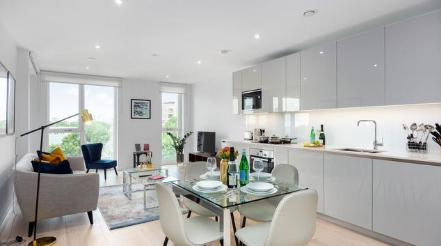 Open-plan living area at Elephant & Castle Serviced Apartments