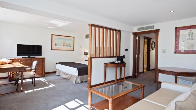 Double room at Melia White House Apartments