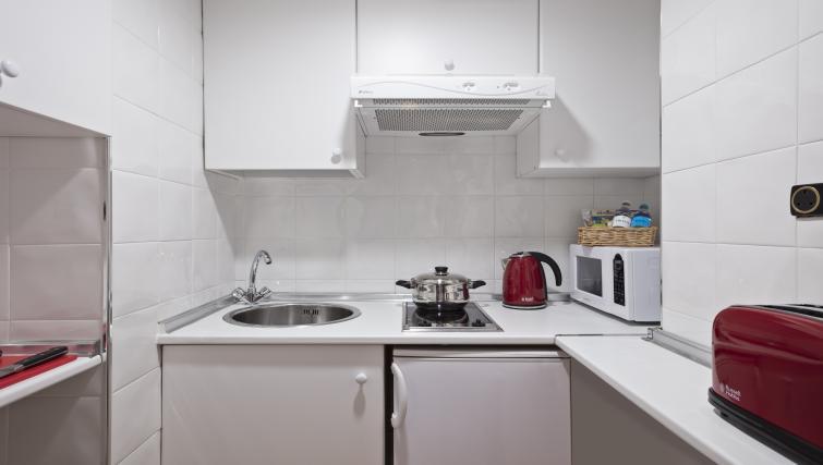 Kitchen at Melia White House Apartments