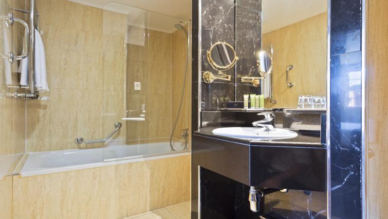 Bathroom at Melia White House Apartments