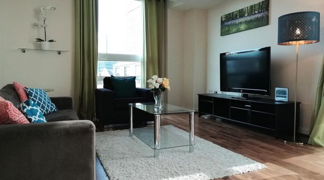 Lounge at Moorgate Deluxe Apartment, Finsbury, London