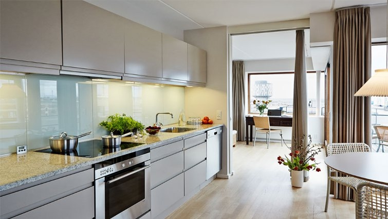 Contemporary kitchen in Charlottehaven Apartments