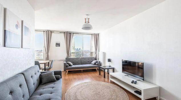 Living area at Ruobert Lavergne Apartment