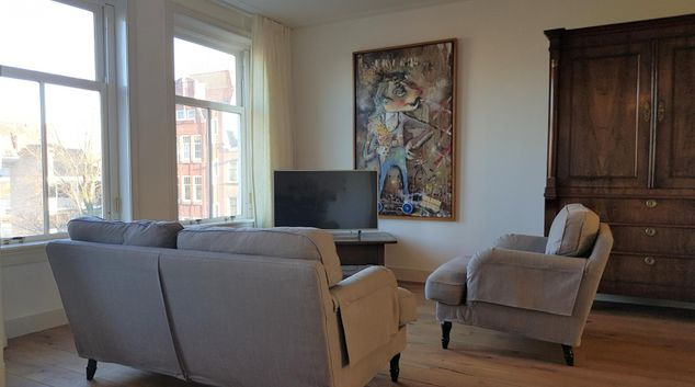 Living room at 21 Haarlemmerplein Apartments, Amsterdam