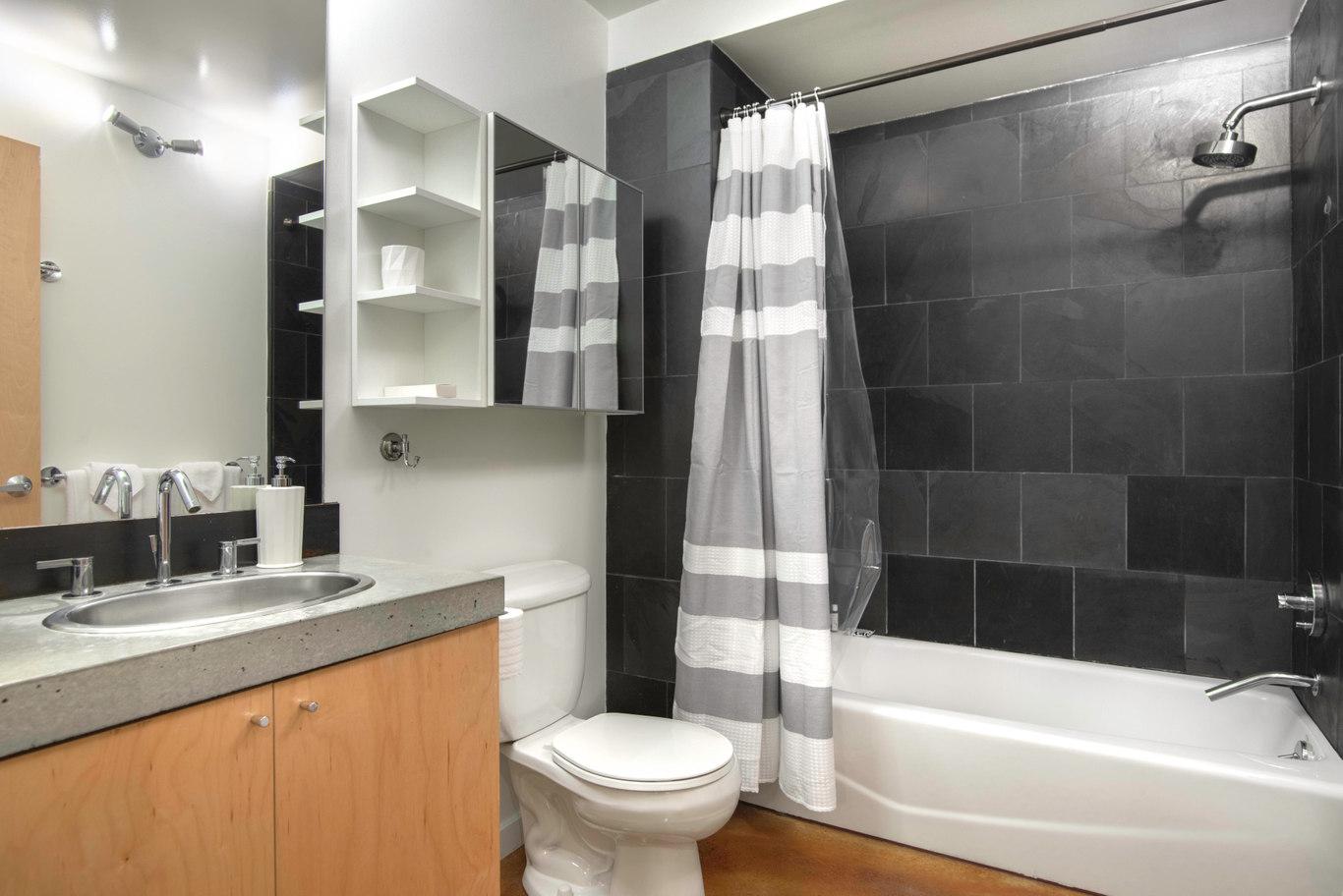 Bathroom at Glasdore Lofts Apartment
