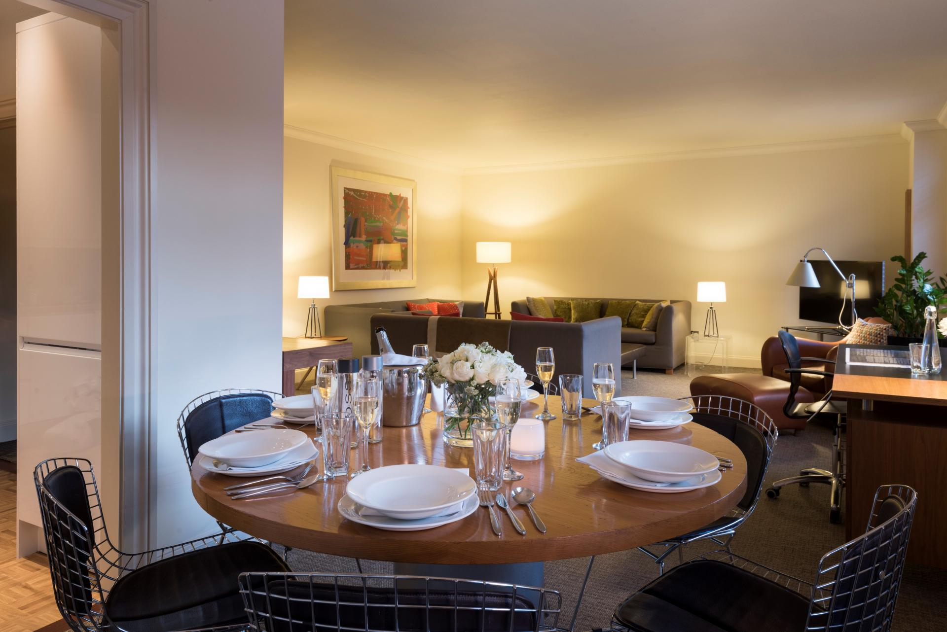 Dining table at London Bridge Hotel Apartments