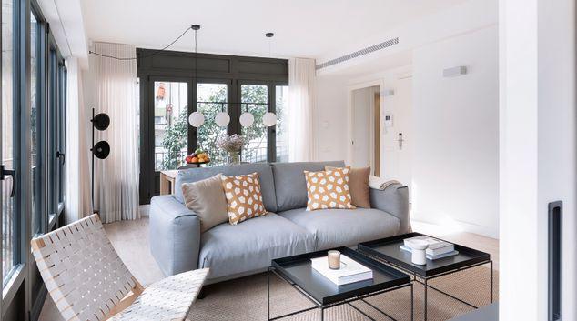 Living room at Casa Cerda Apartment.