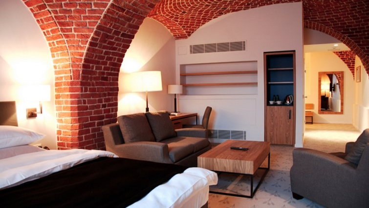 Lovely living space in The Granary La Suite