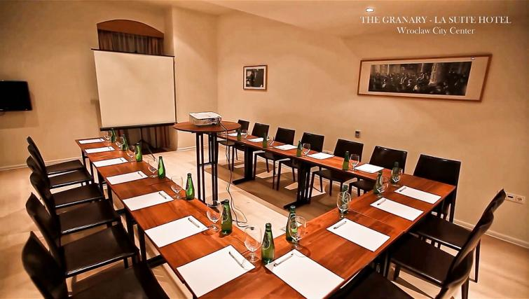 Large meeting room in The Granary La Suite