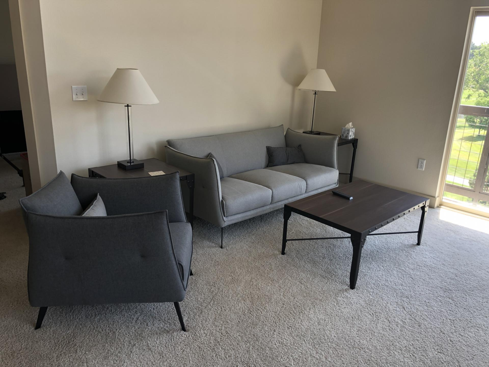Lounge at AMLI Inverness Apartment