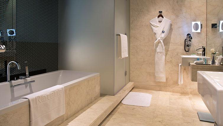 Bathroom at Al Ain Rotana Apartments