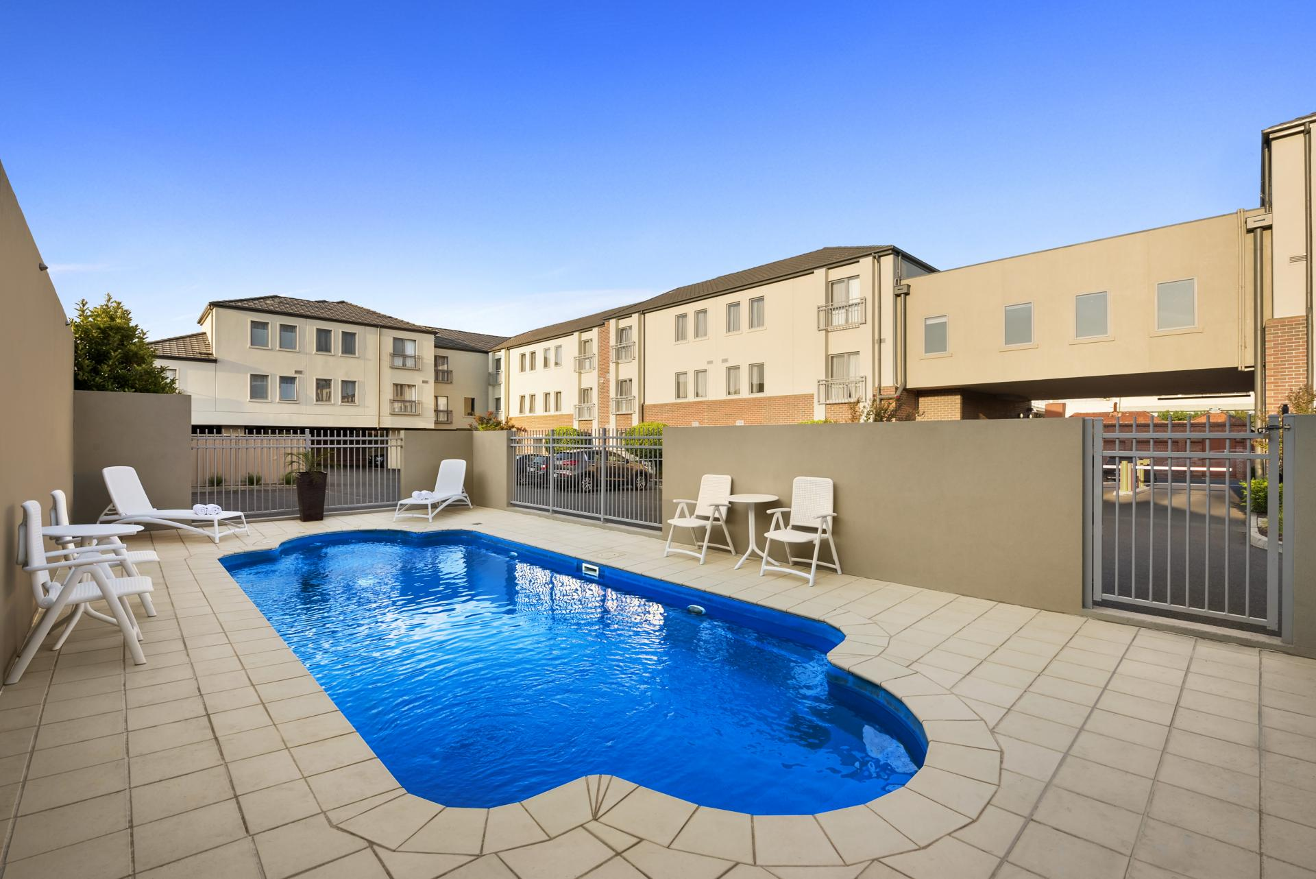 Quest Moonee Valley Apartments, Melbourne, SilverDoor ...