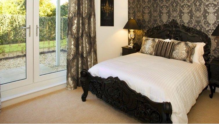 Great bedroom in Oakhill Apartments Edinburgh