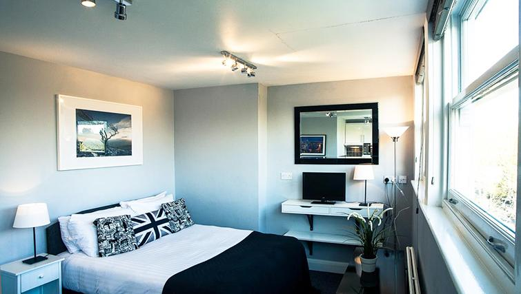 Bedroom in Hammersmith Town Apartments
