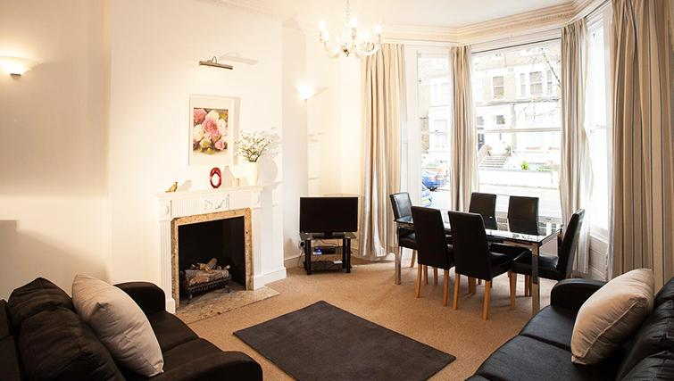 Great living area in Hammersmith Town Apartments