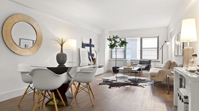 Lounge at Renoir House, Manhattan, New York
