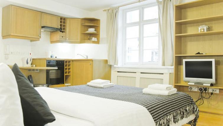 Comfortable bedroom in Cartwright Gardens