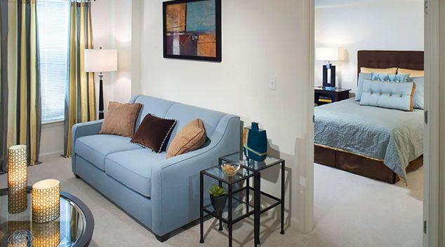 Living Room at Thomas Circle Apartments