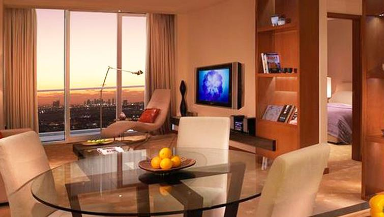 Living area at InterContinental Residence Suites Dubai F.C.