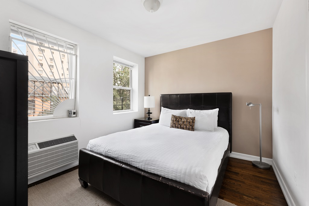 Bedroom at 427 East 82nd Street Apartments, Upper East Side, New York
