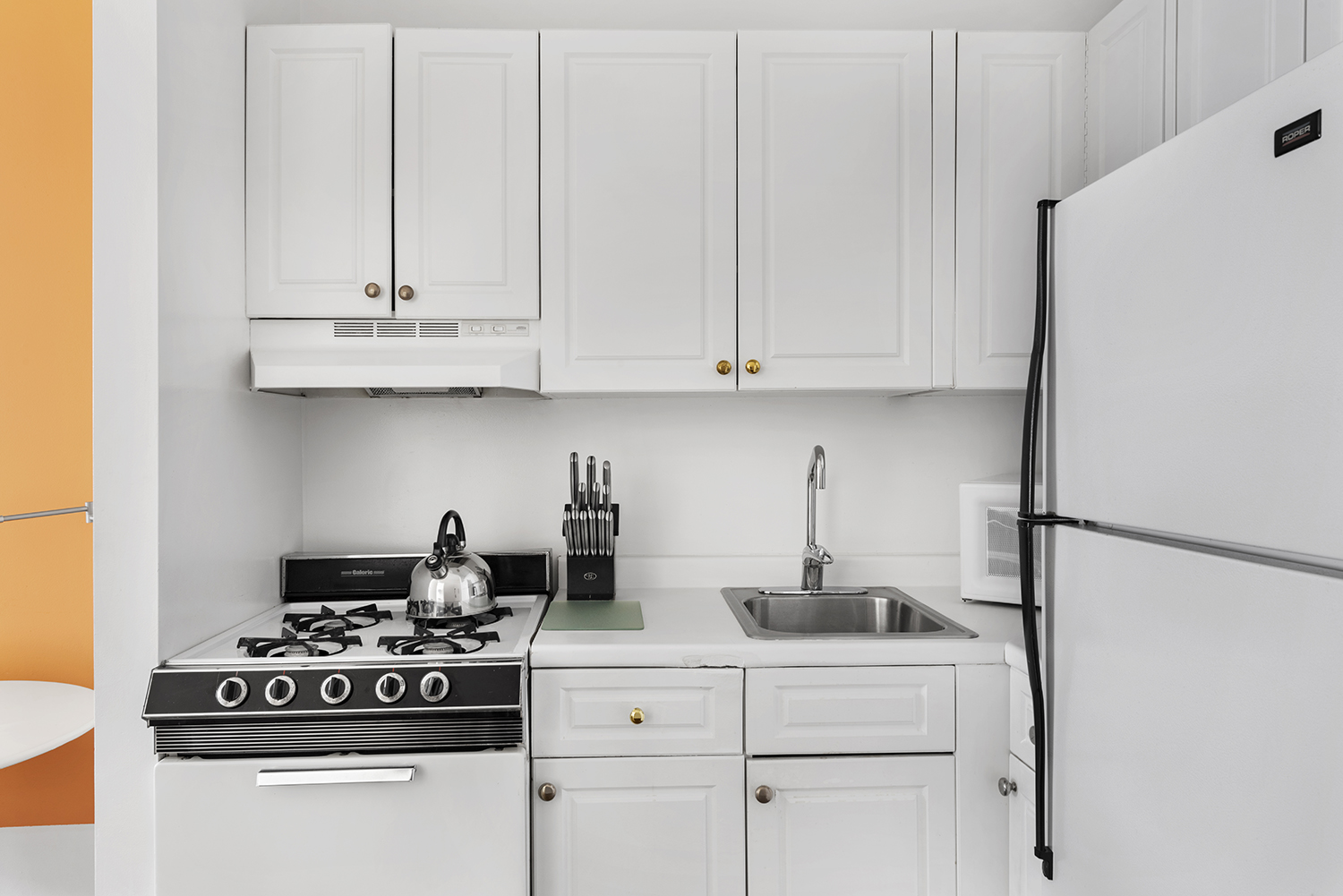 Oven at East 74th Street Apartments