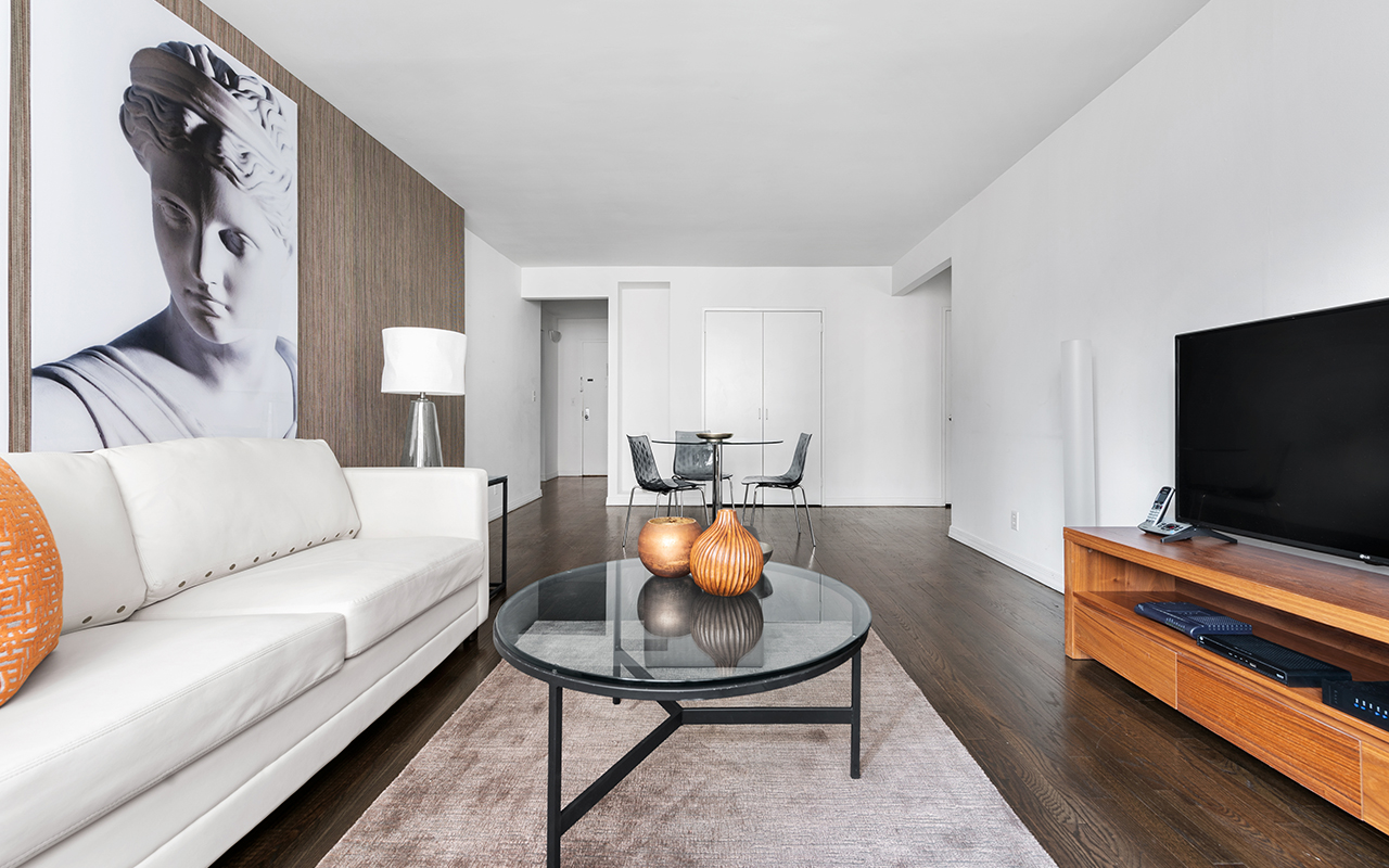 Living and dining area at 316 East 63rd Street Apartments, Manhattan, New York