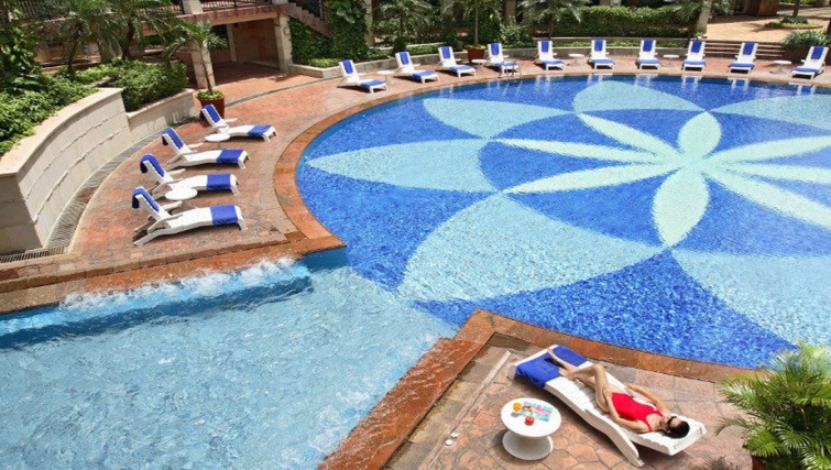 Amazing pool in Somerset Grand Citra Apartments
