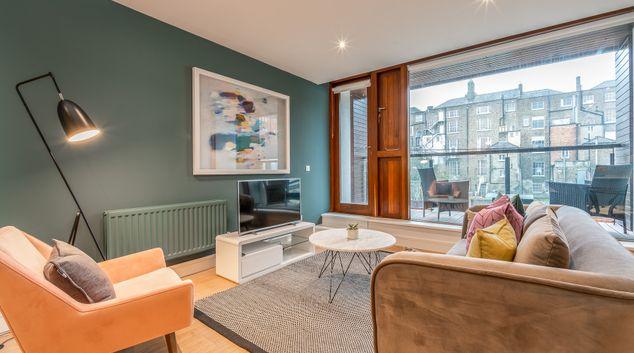 Living area at Baggot Court Apartments