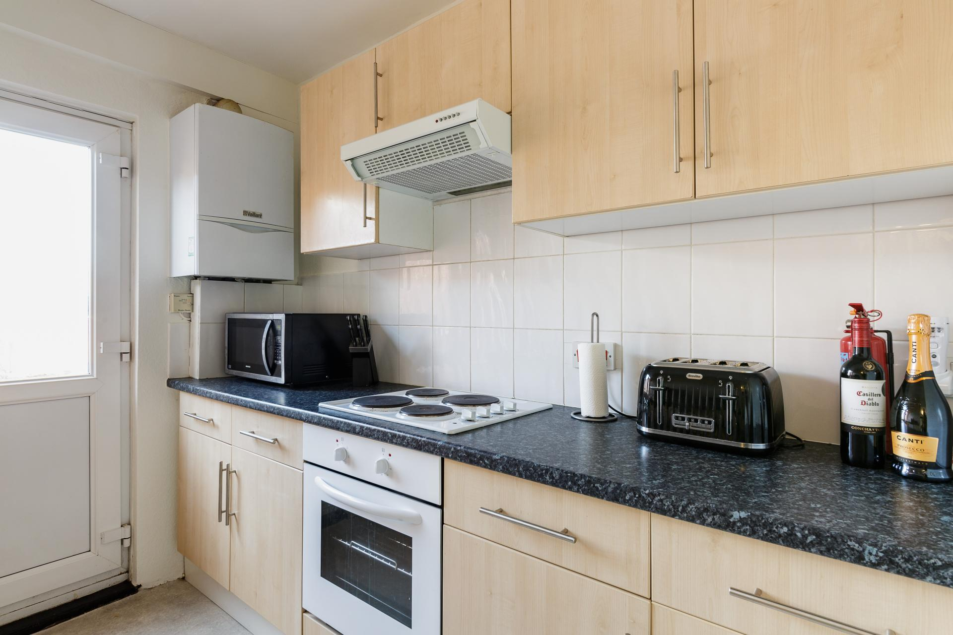 Fully equipped kitchen at Braganza House Apartments, Old Portsmouth, Portsmouth