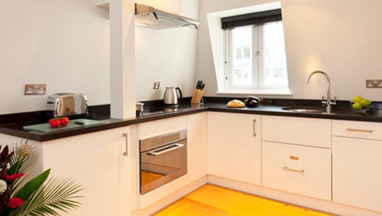 Kitchen in SACO Fleet Street - Crane Court