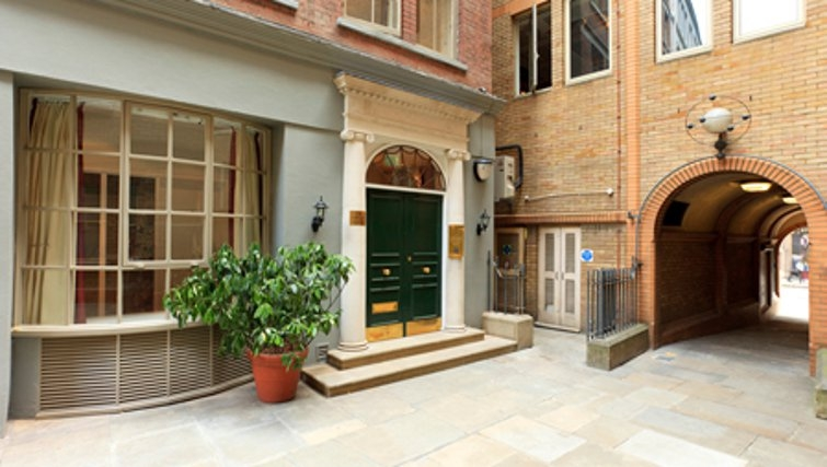 Elegant exterior of SACO Fleet Street - Crane Court